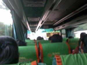 naik bis semarang solo